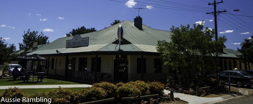 Milawa Hotel, Milawa, VIC