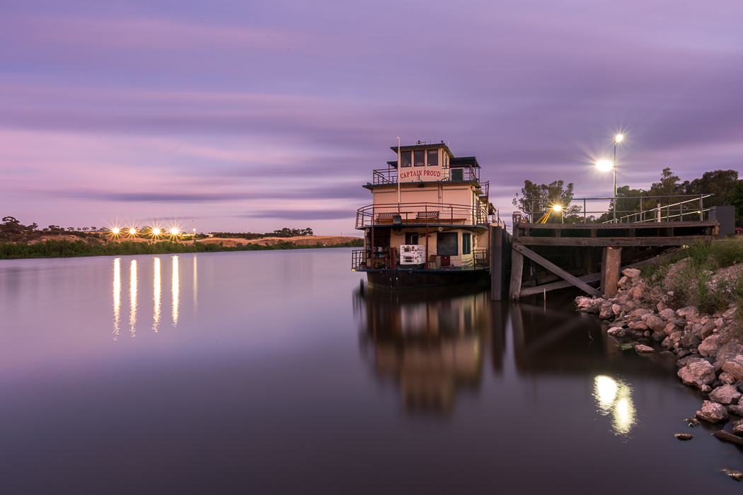 Captain Proud Sunset Murray Bridge on the Murray River