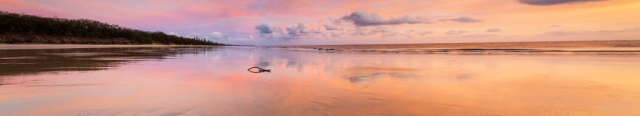 Woodgate-beach-sunrise-stroll-queensland-